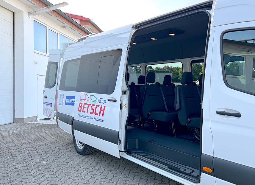 Bestch Fahrzeugtechnik Herxheim Vermietung Sprinter Tourer 9 Personen